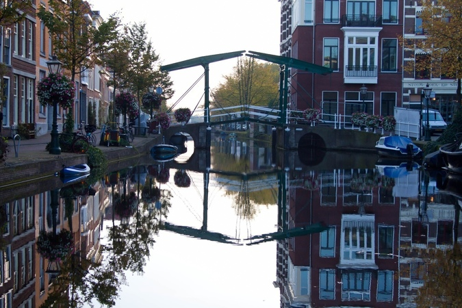 Get to know Leiden ...on foot and on boat!
